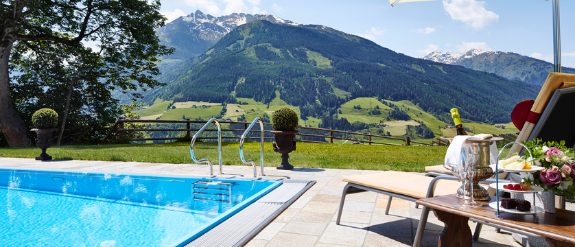 pool-and-mountain-view-schloss-mittersill-kitzbuhel-austria.jpg